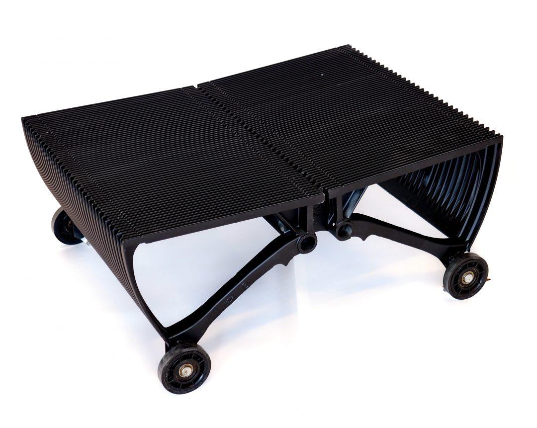 escalator table